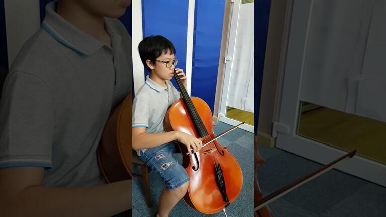 Bach Suite No. 3 in C for Cello - Courante